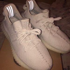 Adidas 350 Yeezy Boost v2